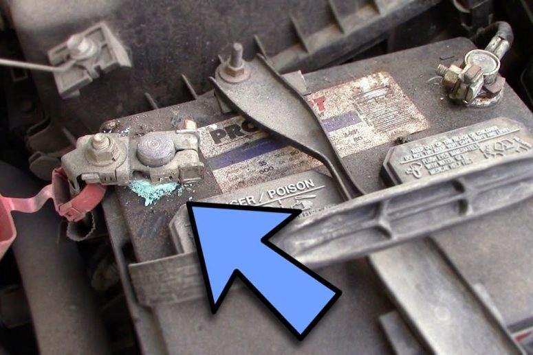 How to Clean a Car Battery